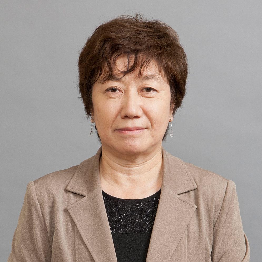 Dr. Mari MICHINAGA