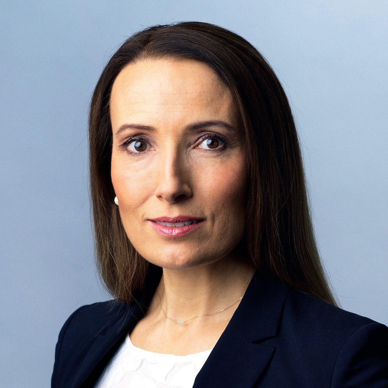 Dr. Heidi STENSMYREN